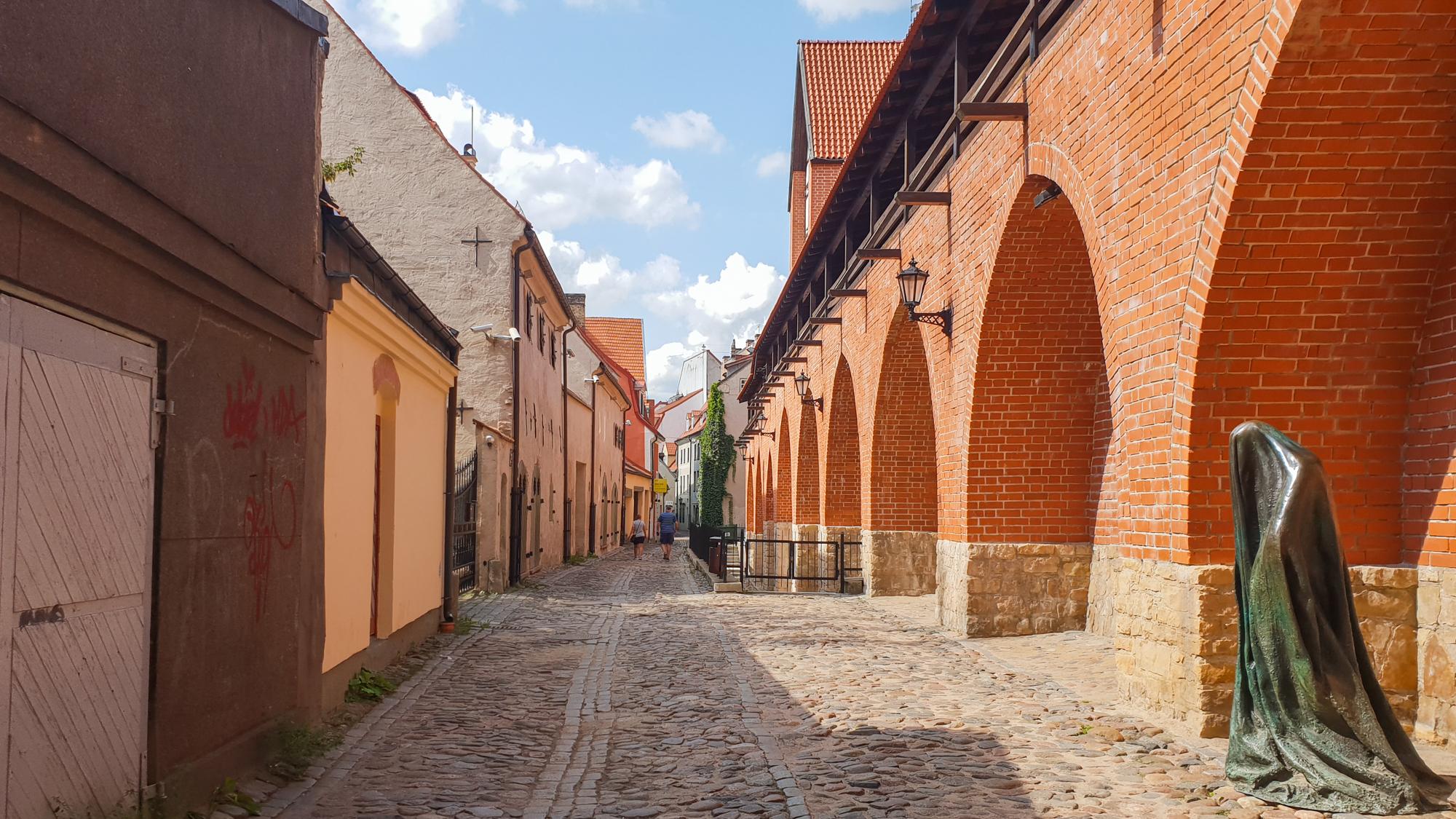 в старом городе в Риге