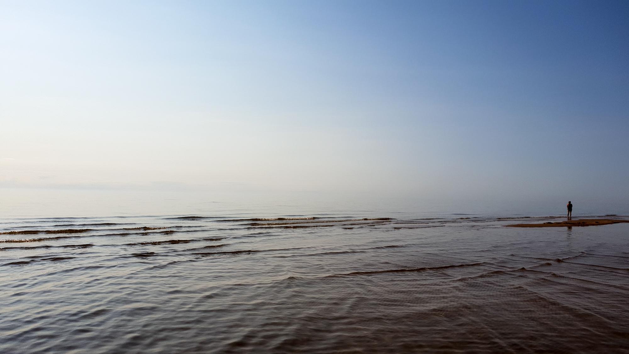море по дороге из Риги